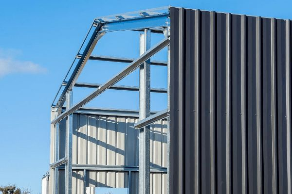 What are the common types of steel buildings?